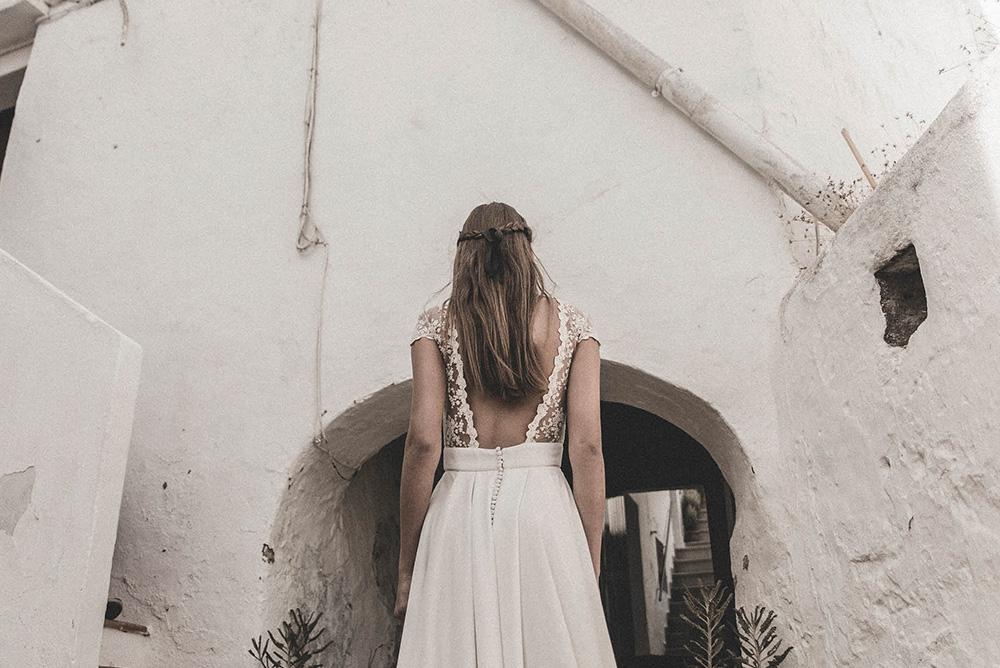 Claudia Llagostera vestido de novia con detalles