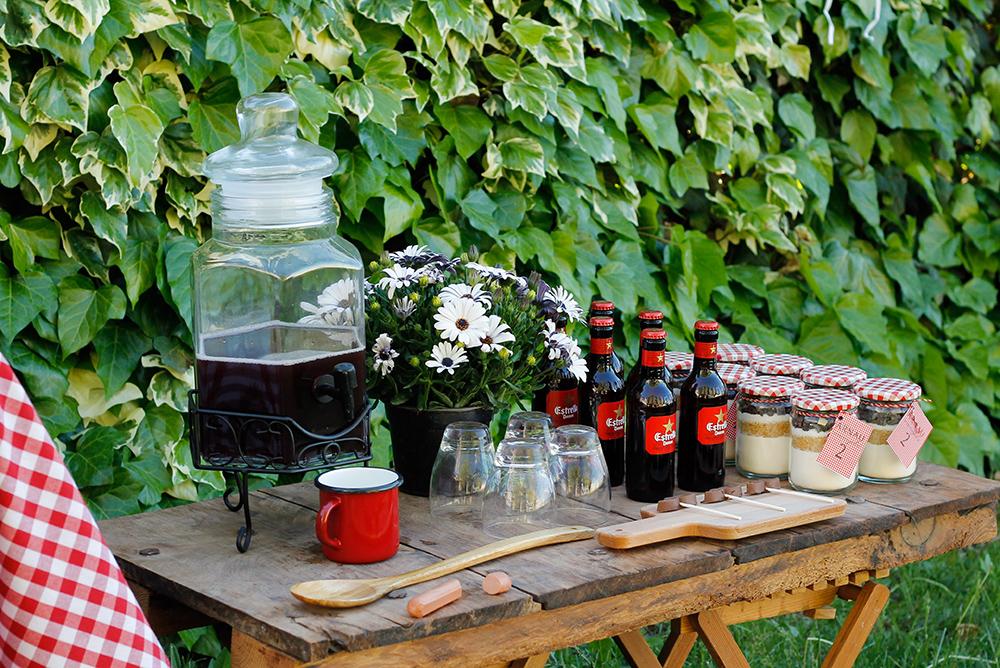 fiestas_de_cumpleanos_para_ninos-decoracion-bebidas-cumpleanos_arnau-A_todo_Confetti-wedding_style_magazine