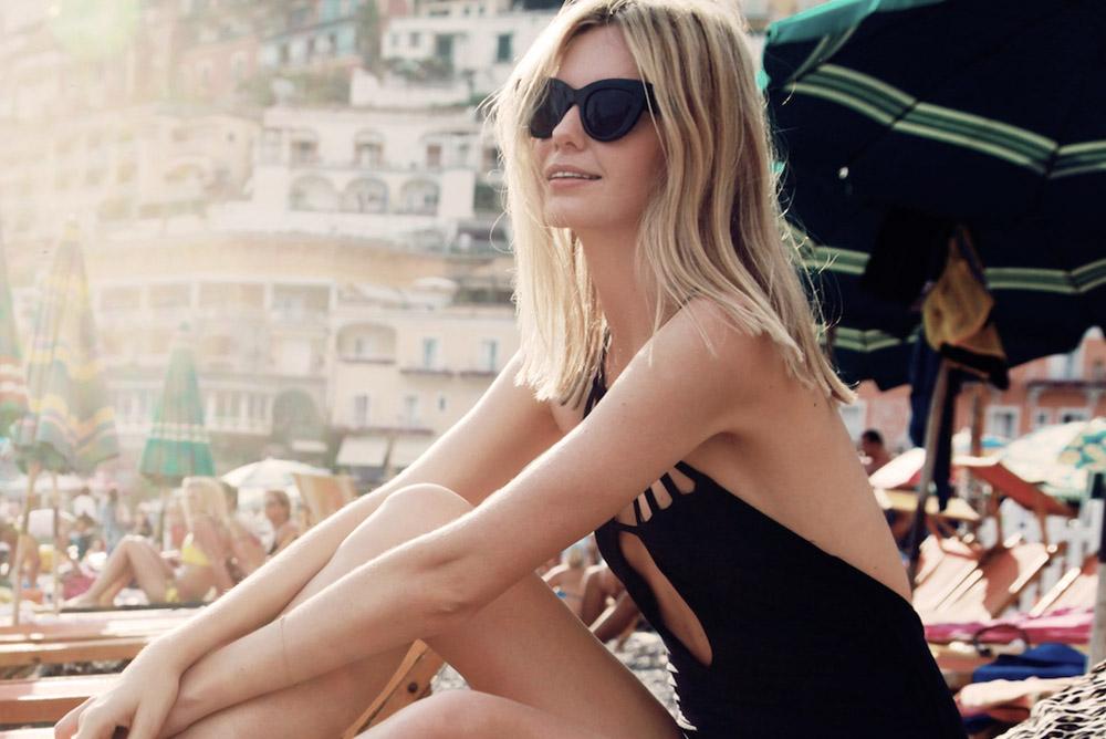 Maleta de viaje de novios: gafas de sol