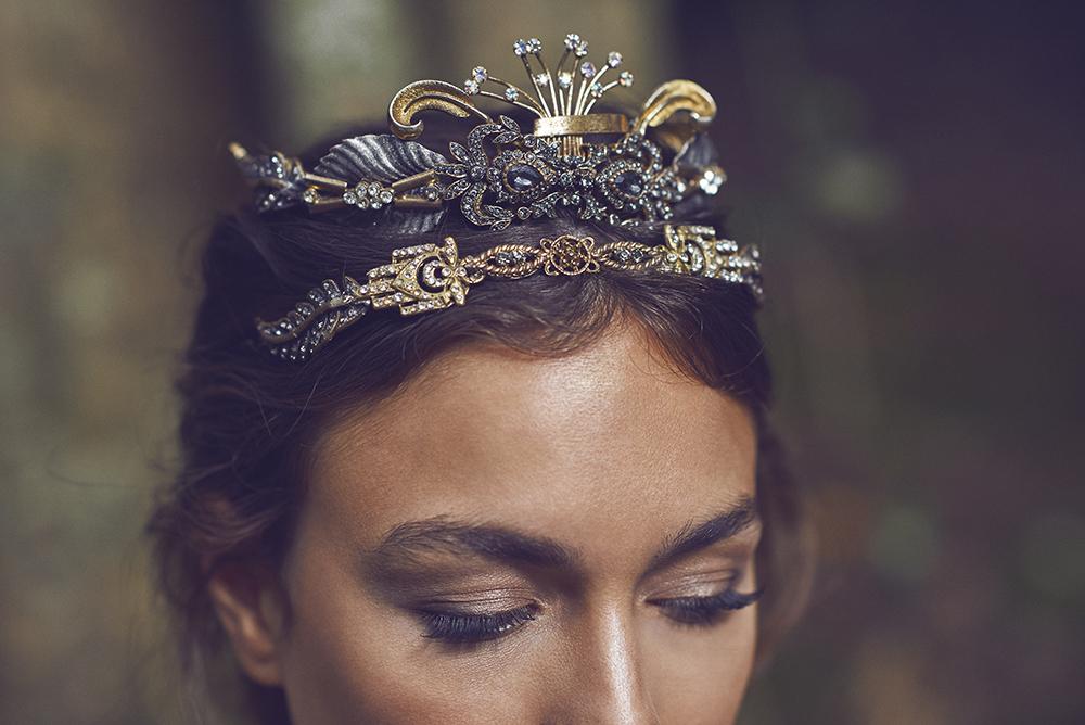 martina_dorta-tocados-corona-blog_de_bodas-wedding_style_magazine