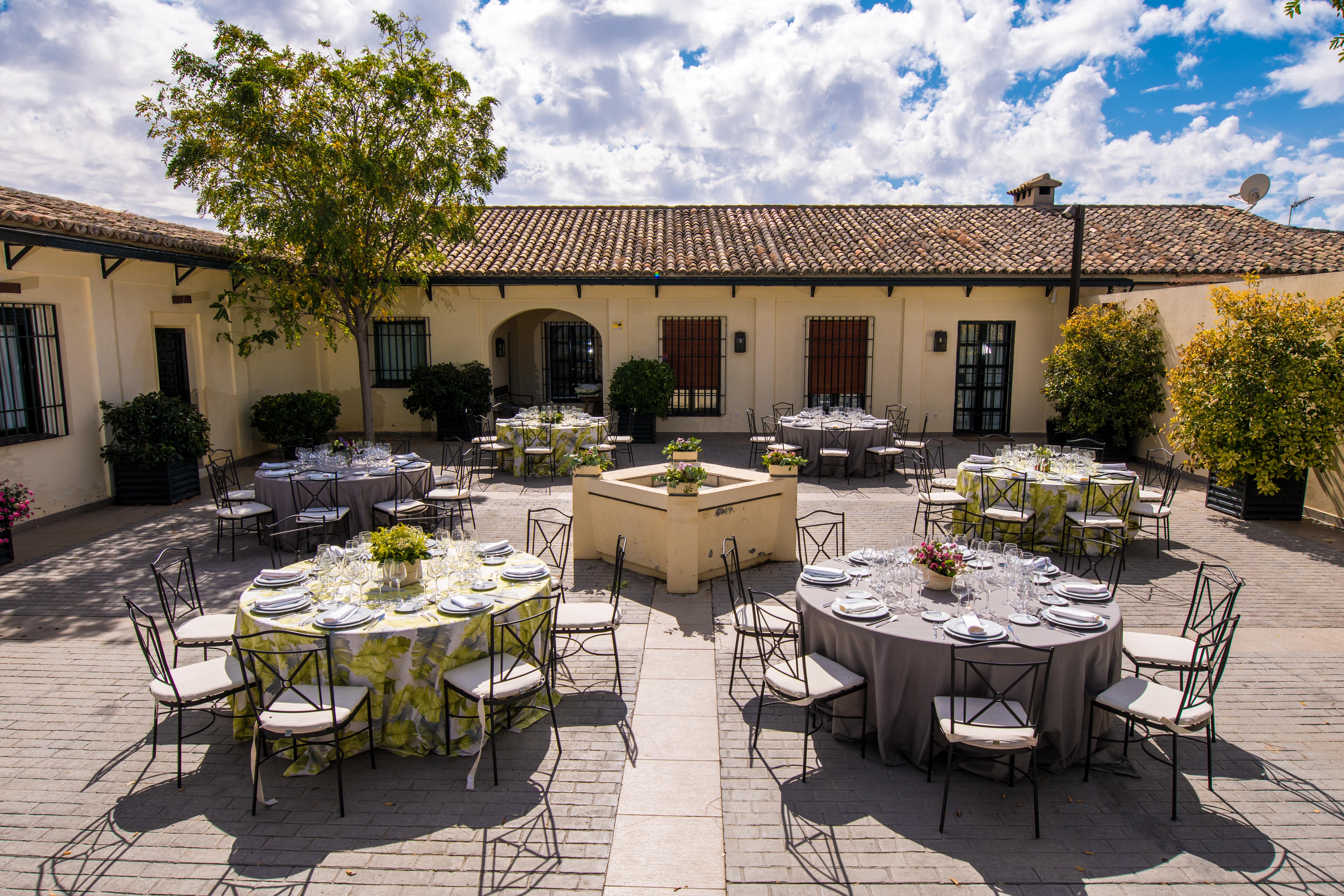 Fincas_para_bodas-wedding-style-magazine-blog-de-bodas-revista-de-novias-El-Regajal