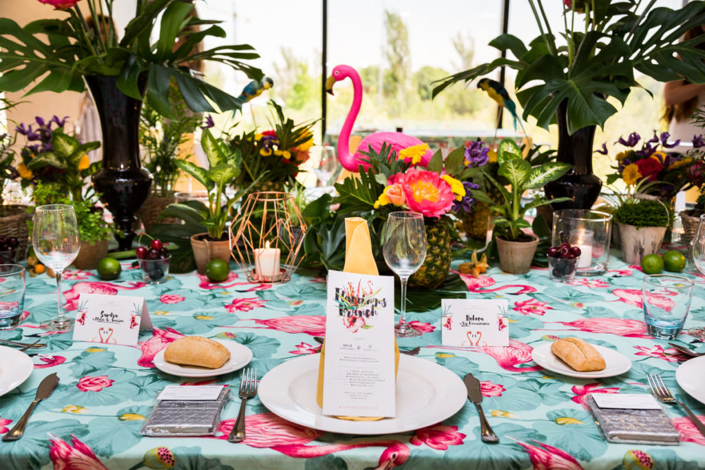 flamingos brunch