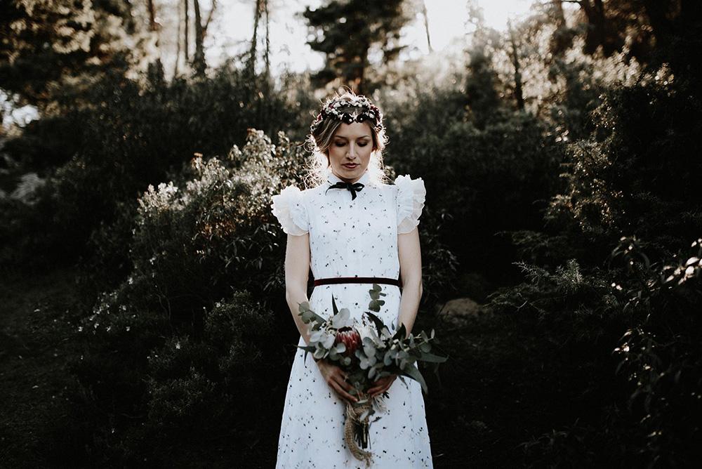 Vestido de novia con flores de La Unike