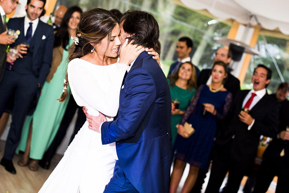 Boda_Claudia_Carlos-instantanea_y_toma_primera-blog_de_bodas-wedding_style_magazine-26